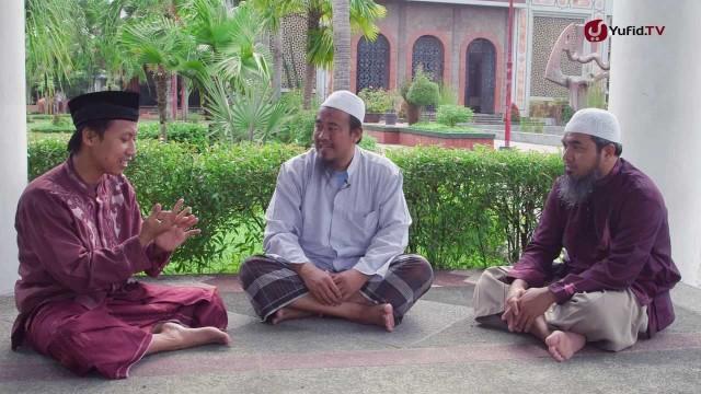 Talk Show: Hukum Membaca Zodiak – Ustadz Abu Isa dan Ustadz Afifi Abdul Wadud