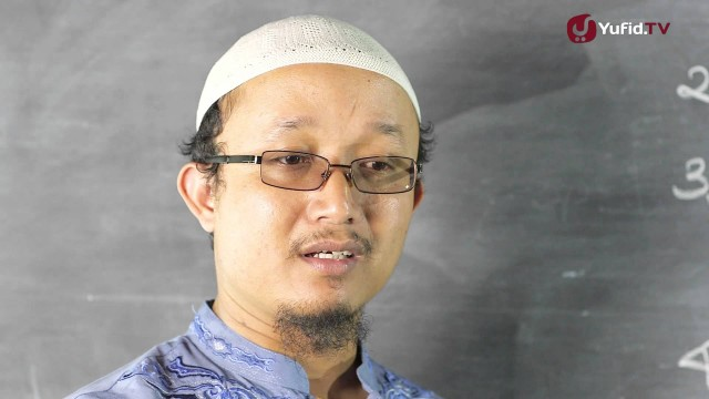Serial Kajian Anak (33): Urutan Dalam Mencukur Rambut Bayi – Ustadz Aris Munandar